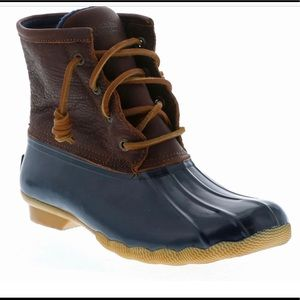 Sorry Saltwater duck boots women's 9 leather navy
